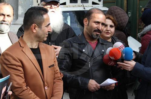 İstiklal Caddesi'nde Dolarlı Albüm Tanıtımı Yaptı Yönetmen Murat Uygur