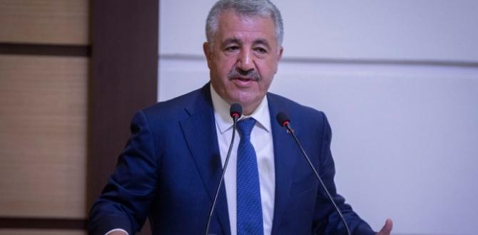 Bakan Arslan: Bu millet, Teröre ve Hainlere Fırsat Vermeyecek