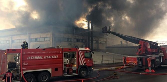 İstanbul Beylikdüzü'nde Fabrika Yangını