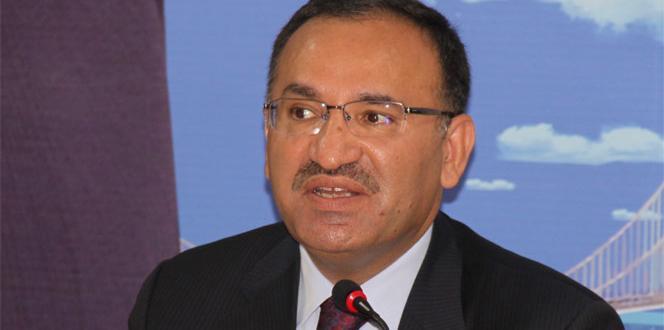 Bozdağ: 'Sayın Başbakanımızın Irak'a yapacağı ziyaretin iptalinin Başika ile alakası yoktur'