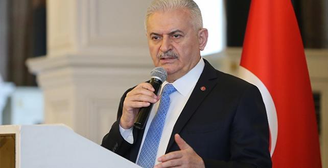 """Yıldırım, """"Yeşil İstanbul"""" projesi ile İstanbul'u yeşil koridorlarla donatacaklarını söyledi"""
