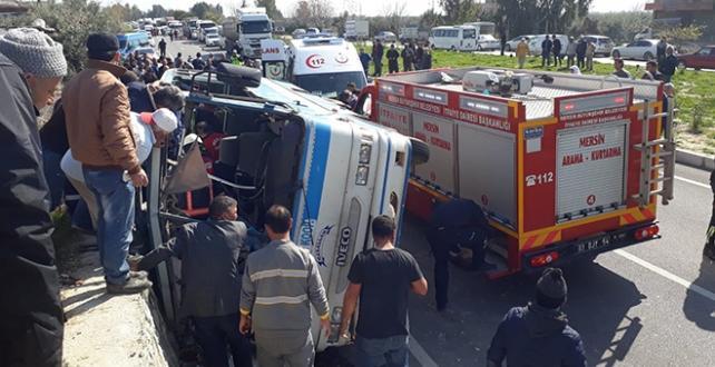 Mersin'in Silifke ilçesinde Kaza 4 kişi öldü, çok sayıda kişi yaralandı