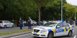 Yeni Zelanda Başbakanı Ardern,  yarı otomatik askeri tarz ve saldırı silahlarının yasaklandığını duyurdu