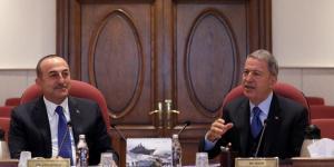 Milli Savunma Bakanı Akar ve Dışişleri Bakanı Çavuşoğlu, heyetler arası değerlendirme toplantısında bir araya geldi