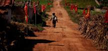"""Kuzey Kore'de 10 milyondan fazla kişinin """"ciddi gıda sıkıntısı"""" Çekiyor"""