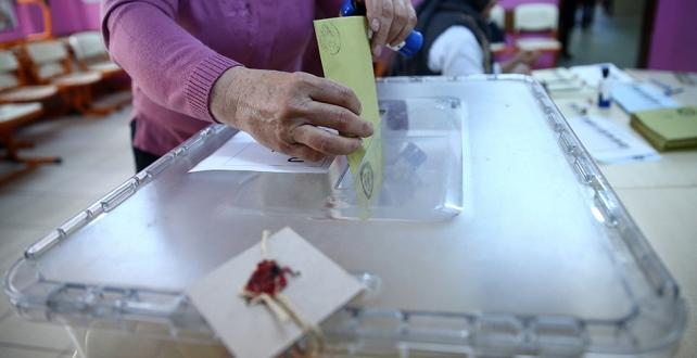 Aksaray'ın Gülağaç ilçesine bağlı Demirci Beldesi'nde seçimlerin yenilenmesine karar verdi