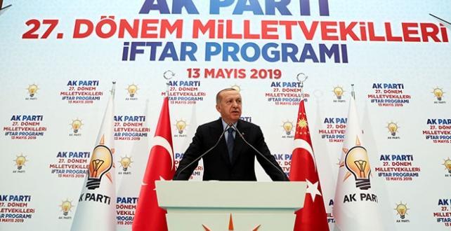 """Cumhurbaşkanı Erdoğan, """"Seçimi kazandığı halde oyları çalınan AK Parti'dir"""