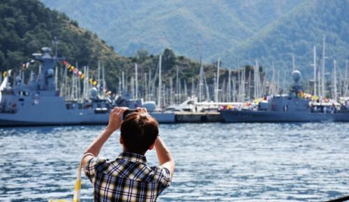 TCG Gökçeada, TCG Meltem, TCG Poyraz ve TCG Edremit gemileri halkın ziyaretine açıldı