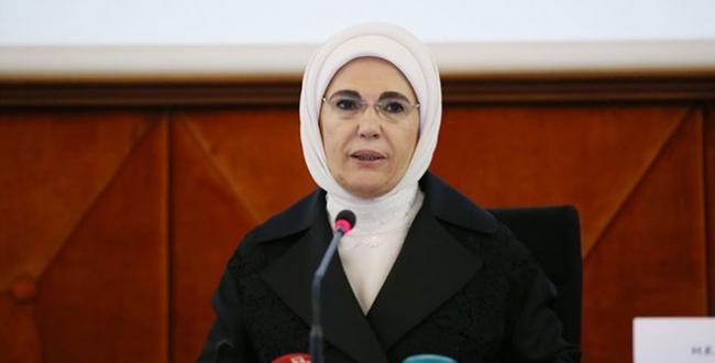 Emine Erdoğan, 72. Dünya Sağlık Asamblesi'nde Türkiye'nin başarı hikayelerine sahip olduğunu belirtti