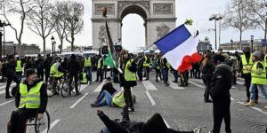 Fransa'da sarı yelekliler,Avrupa Parlamentosu seçimleri öncesinde yeniden sokağa çıktı