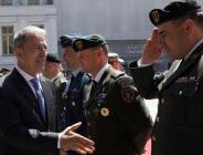 Bakan Akar, Gürcistan Cumhuriyeti'nin 101'inci kuruluş yıl dönümü törenlerine katıldı