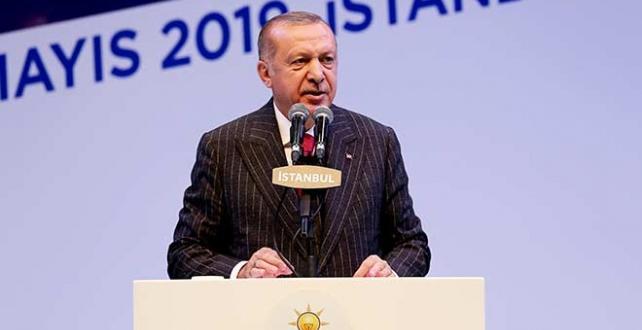 Cumhurbaşkanı Erdoğan, milletle beraber siyaset yapmanın önemini vurgulayarak