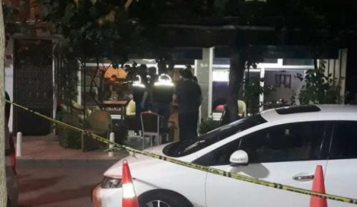 Kağıthane'de iftar saatinde internet kafe önünde oturanlara kurşun yağdırarak 4 kişiyi yaraladı