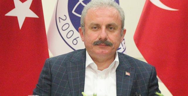 TBMM Başkanı Mustafa Şentop, üniversite öğrencileriyle birlikte sahur yaptı