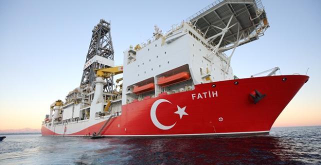 Bakan Dönmez, Fatih sondaj gemisinin Doğu Akdeniz'de hiçbir aksamaya mahal vermeden faaliyetlerine devam ettiğini söyledi
