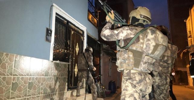 Bursa İnegöl'de uyuşturucu satıcılarına bin polisle şafak baskını düzenlendi 52 gözaltı