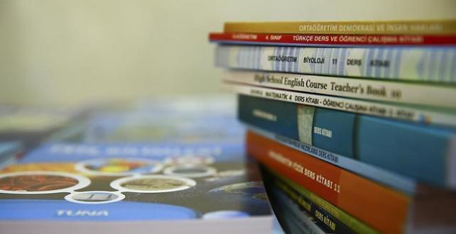 """""""sıfır atık"""" farkındalığını öğrencilere ücretsiz olarak sağlanan ders kitaplarının dağıtım süreçlerine de yansıtacak"""