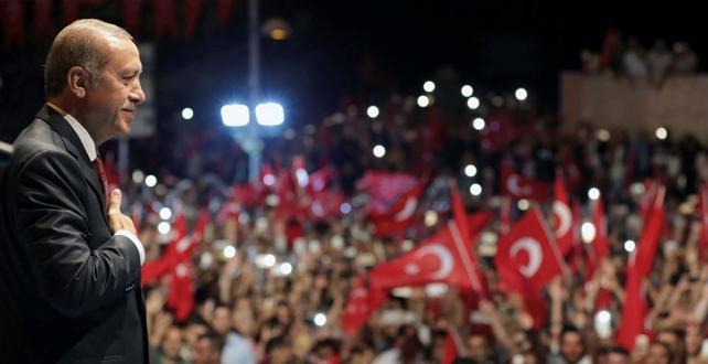 Cumhurbaşkanı Erdoğan, 15 Temmuz darbe girişimin 3. yıl dönümünde Ankara ve İstanbul'daki törenlere katılacak