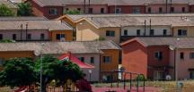 İtalya'da bulunan Avrupa'nın en büyük göçmen merkezi Mineo, kapatıldı