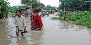 Nepal'de bir haftadır etkili olan şiddetli yağışlardan dolayı yitirenlerin sayısı 88'e çıktı