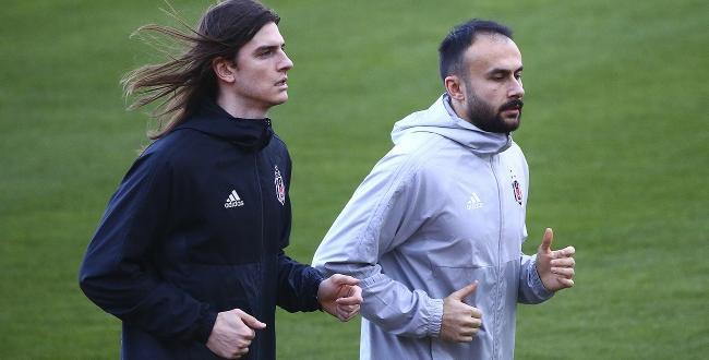 Siyah-beyazlı ekip, eski oyuncusu Atınç Nukan'la 2+1 yıllık sözleşme imzalayacak