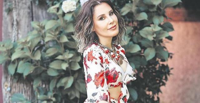 Funda Arar,3 Ağustos'ta Harbiye Açıkhava Sahnesi'nde sevenleriyle buluşacak