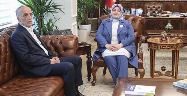 Çalışma Bakanı Selçuk saat 16.00'da toplu sözleşme görüşmesi için Türk-İş Genel Başkanı ile bir araya gelecek