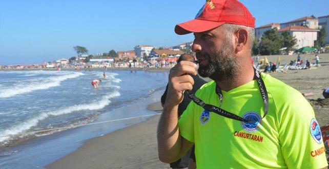 Karadeniz kesiminde şiddetli rüzgar ve yoğun dalga nedeniyle denize girişlere izin verilmemesi kararı alındı