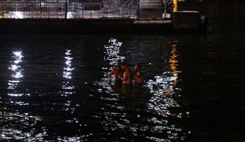 İstanbul Beşiktaş'ta denize giren 2 kişiden biri kurtarılırken, Diğeri boğuldu
