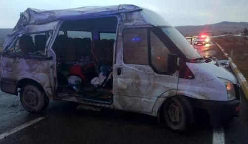 Sivas'ta  trafik kazasında 8 kişi yaralandı