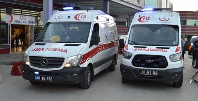 Afyonkarahisar'da otobüsünün şarampole devrilmesi sonucu 1 ölü, 40 Yaralı
