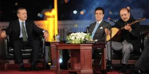 Cumhurbaşkanı Recep Tayyip Erdoğan, vefatının yedinci yılında Neşet Ertaş'ı rahmetle andı