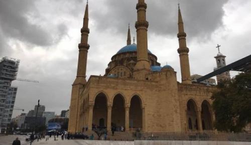 Lübnan'da camilerin 29 Mayıs'tan itibaren yeniden açılacak