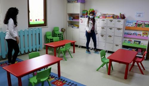 Turan, sınıflardaki 12 kişilik öğrenci sayısını 6'ya düşücek