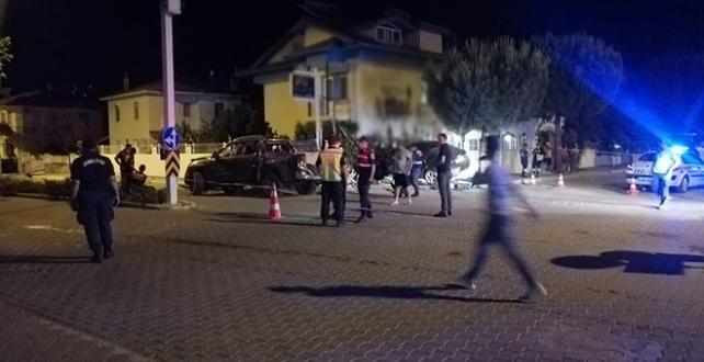 Muğla'nın Ortaca ilçesinde 1 kişi öldü , 1'i ağır 4 kişi yaralandı