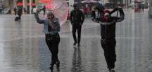 Son Dakika! İstanbulda Sağanak Başladı