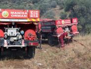 Manisa'da Spil Dağı eteklerinde ormanlık alanda Yangın