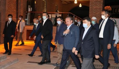 Şentop, Hacı Bayram Camii'nde sabah namazı kıldı