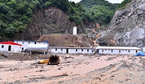 Trabzon'un Yomra ilçesinde sağanak Yağış