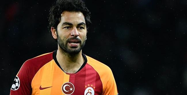 Galatasaray Kaptanı Selçuk İnan,Futbola veda etti
