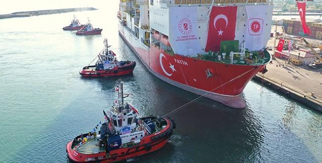 Bakanı Fatih Dönmez, yerli sondaj gemisi Fatih ile ilgili açıklama yaptı