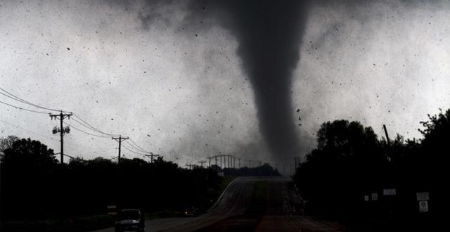 Teksas'a yaklaşan Hanna sebebiyle kasırga uyarısı yapıldı