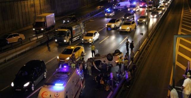 İstanbul`da zincirleme trafik kazasında 1'i ağır 4 kişi yaralandı