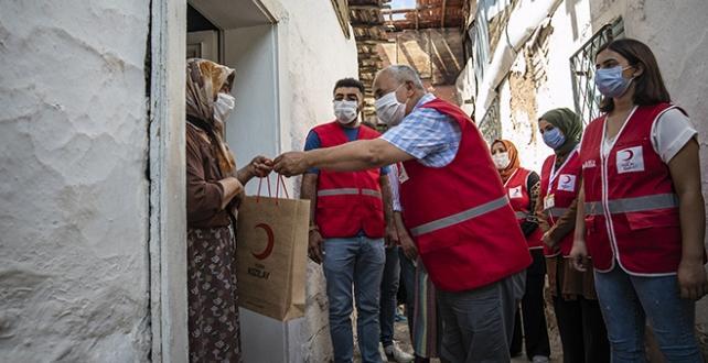 Türk Kızılayı, Kurban eti dağıtımına başladı