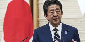 Japonya Başbakanı Şinzo Abe, maskeleri takmayı bıraktığını söyledi