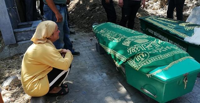 Su kuyusunda hayatını kaybeden 4 kişilik aile toprağa verildi