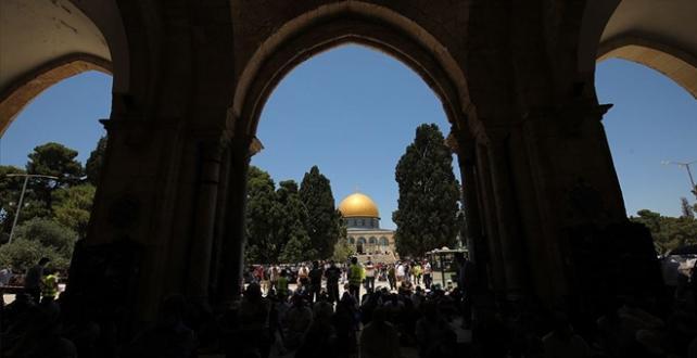 """Mescid-i Aksa'da Filistinlilere """"Harem-i Şerif'e sık gelin"""" çağrısı"""