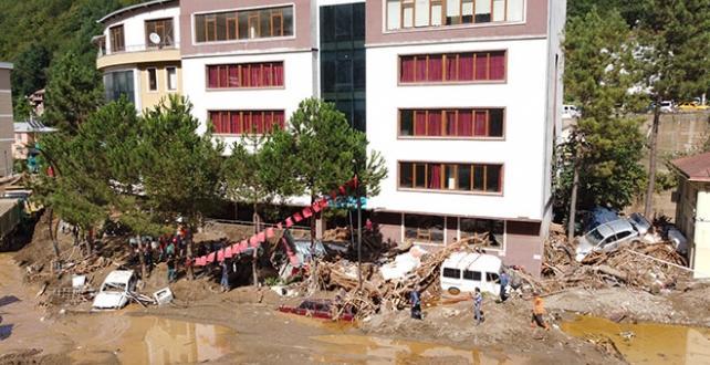 Giresun'daki sel felaketinde can kaybı 10 oldu