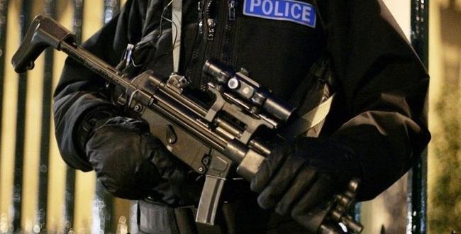 İngiltere'de azınlıkların yüzde 65'i, polisin ırkçı ön yargılara sahip olduğunu düşünüyor