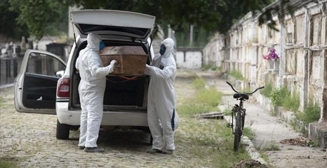 Brezilya'da, virüs nedeniyle son 24 saatte 1184 kişi Öldü